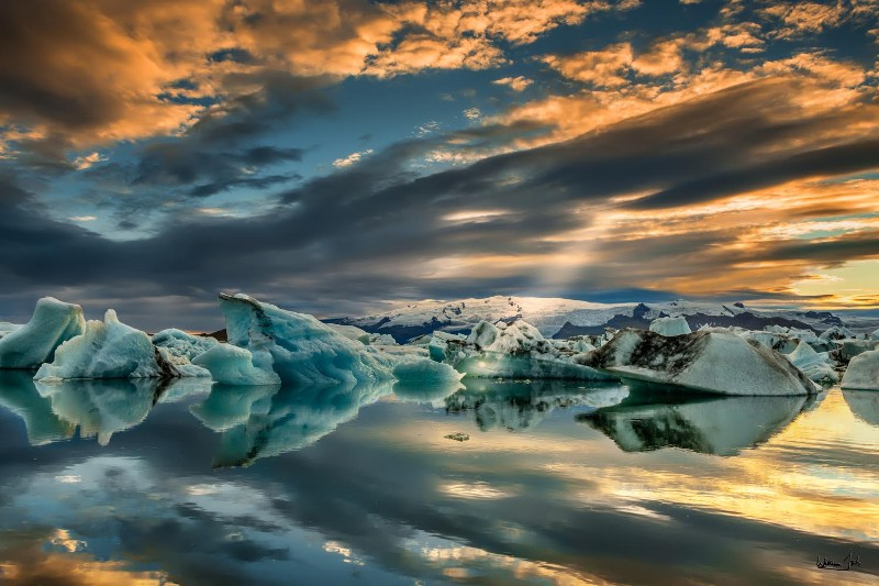 Glacier Lagoon with 'god ray,' Iceland by William Toti